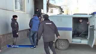 В Туймазинском районе перед судом предстали трое полицейских