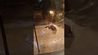 В Кумертау снегоуборочный трактор застрял в сугробе