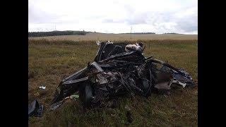 На трассе в Башкирии в массовой аварии погиб водитель отечественной легковушки