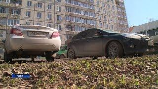 В Башкирии приняли закон о штрафах за парковку на газонах: что грозит автохамам