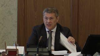 UTV. Радий Хабиров раскритиковал уфимские власти за жалобы жителей на транспорт