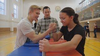 UTV. Уфимские студенты и студентки выявляли сильнейшего в армрестлинге