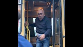 Драка водителя маршрутки и пассажира | Ufa1.ru