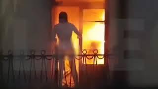 Пожарный в Санкт-Петербурге закрыл от огня голую девушку своим телом