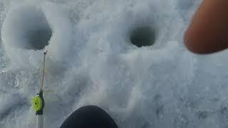 Закрытие сезона твёрдой воды. Зимняя рыбалка 18 марта. Fishing. Рыбалка в Башкирии. Один на льду.