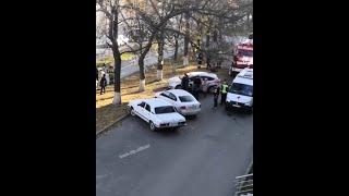 Появилось видео с места ЧП в Уфе, где загорелся автобус с пассажирами