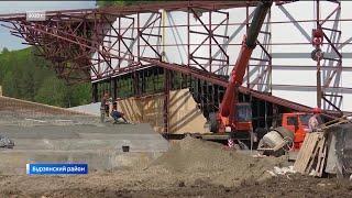 Парк «Каин-Туш», школа и мост: Радий Хабиров с рабочей поездкой посетил Бурзянский район
