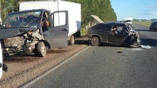 В Башкирии вблизи поселка Зирган в ДТП два человека погибли