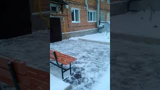 Улица К. Маркса 32 / Уборка снега