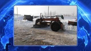 В Кумертау при очистке снега уборочный грейдер разорвало пополам