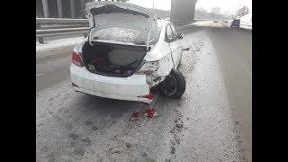Момент массовой аварии на проспекте Салавата Юлаева в Уфе сняли на видео