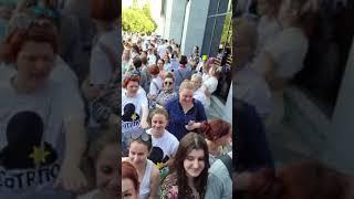 #протесты Москвичи атаковали  из-за сегрегации  по прививкам. Партия молчит
