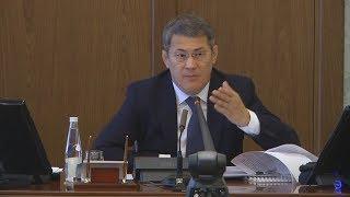 UTV.  Врио главы Башкирии Радий Хабиров пригрозил массовыми увольнениями за укладку асфальта в снег