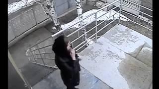 г.Октябрьский РБ. Фрагмент воровства Собановой двери как вещ.док.