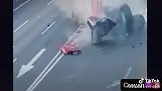 Авария с удачей.
