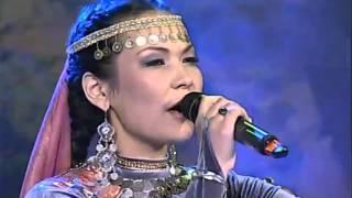 """Epic Bashkir folk song: """"Nuğajbek"""" - Zilija Bahtieva"""