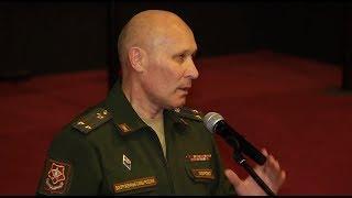 Военный комиссар Эрнест Кабиров встретился с будущими призывниками