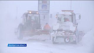 Что происходит на дорогах республики и как справляются автовладельцы с последствиями снегопада?