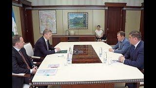 Радий Хабиров встретился с заместителем министра строительства и ЖКХ РФ Максимом Егоровым