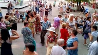 Ретро вечеринка в парке Гагарина, города Стерлитамак, Часть 1 (видео от 24.08.2016 года)