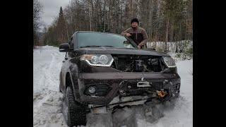 Patriot и 4Runner в снегу по дороге на ЛЭП 31.03.2019