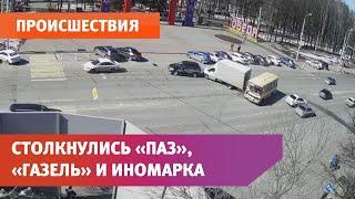 В Уфе произошла массовая авария с участием «ПАЗа», «ГАЗели» и иномарки