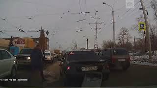 Драка и стрельба водителей в Уфе реальная съемка момента