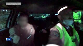 В Уфе пьяный водитель сбил полицейского и дважды врезался в машину ДПС