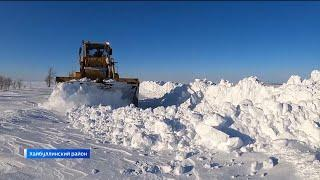 На юге республики к 40 населенным пунктам расчистили дорогу после сильного снегопада