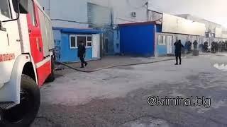 Пожар на базе «Амур» в благовещенске. Видео: @instagram.com/kriminal.blg