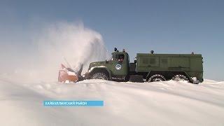Деревни Хайбуллинского района освобождают от снежных завалов