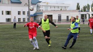UTV. Футбольный матч ветеранов войны против чиновников поддержали этнические афганцы