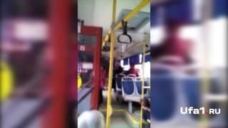 Кондуктор запугала пассажира электрошокером