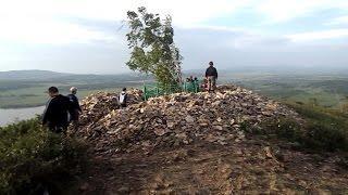 Башкирия. Гора Ауш-тау. Могила пророка Аулия. Озеро Ауш-куль.