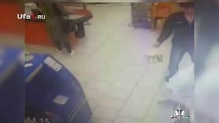 Продавцы скрутили сырного вора