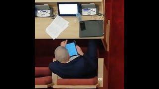 Чем депутаты занимаются на заседаниях   Ufa1.RU