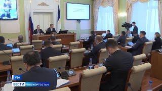 Движение на развязке, дорогое отопление и тарифы за вывоз ТБО – темы оперативки с Радием Хабировым