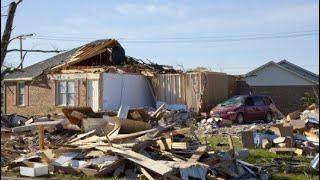 В Башкирии сильнейший ураган. сносит дома.  Россия Башкирия сегодня.