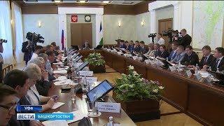 Радий Хабиров поручил разработать юридический механизм для эвакуации брошенных автомобилей