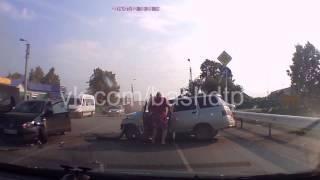 Авария 02 07 2014 г  Туймазы, Шаранский Перекресток