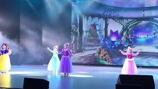 Мой ребёнок на сцене ГКЗ Башкортостан.Театр народного танца Ренессанс