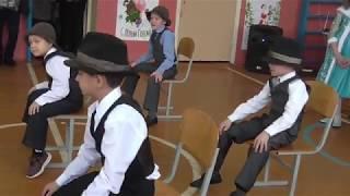 Танец со шляпами. МОБУ СОШ с.Тан.Руководитель- Юнусова З.Ф.