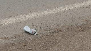 UTV. Что делать с мусором вдоль обочин дорог? Уфимский эколог-бегун борется с этим по-своему