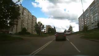 Октябрьский РБ Девушка на кроссовере, на переходе сбивает женщину..