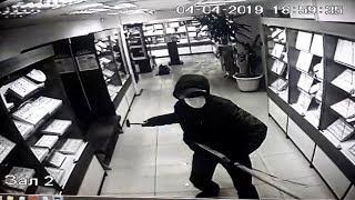 Ограбление попало на видео