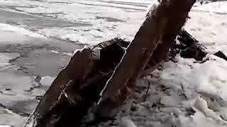 В Башкирии от рыбаков уплыл мост | Ufa1.RU