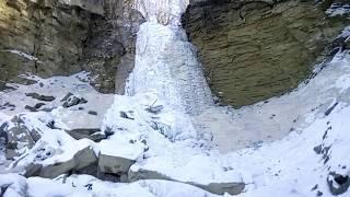 "Зимний Аслыкуль и водопад ""Шарлама""."