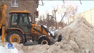 Отголоски снегопада: городские службы Уфы продолжают работать в усиленном режиме