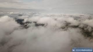 Река Тайрук и низкие облака в Ишимбае