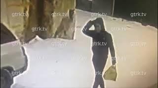 Подозреваемый в убийстве бабушки попал на видео